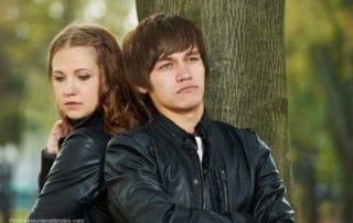 Junges Paar - Angst vor Intimität und Nähe